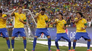 Brazil-soccer-team-dancing