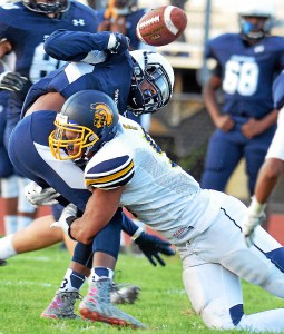 Hill's big night leads Springfield past Wissahickon 34-20